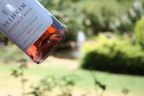 delheim-flaska